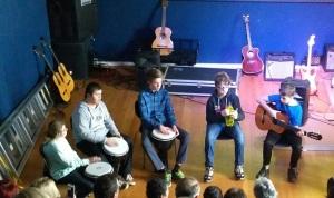 Flinke ressurs-elever har musikalske egenskaper.